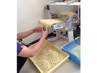 ①製麺スタッフ