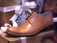 婦人靴・紳士靴の販売です。