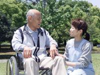 有料老人ホームでの介護業務。排泄介助、食事介助、…