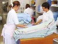 病院内でのベッドメイク及び洗濯、その他業務