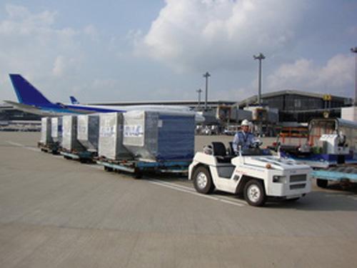 貨物搬出・搬送業務