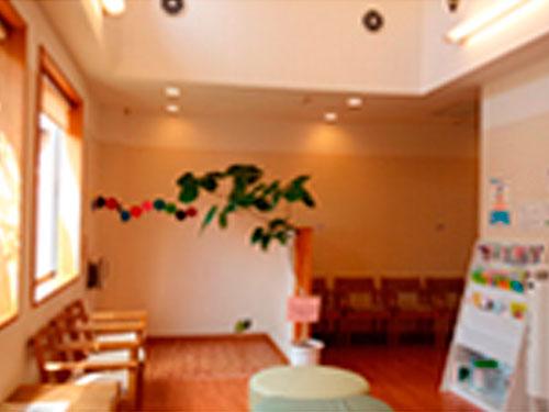 昭和の森耳鼻咽喉科の求人情報を見る
