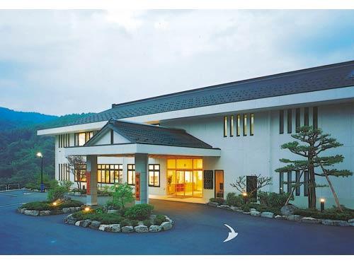 信州金熊温泉 明日香荘の求人情報を見る