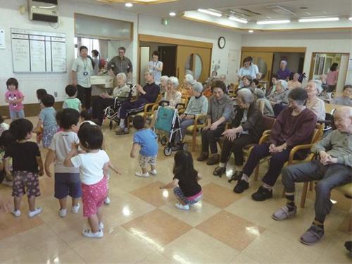 社会福祉法人恩師財団 東京都同法援護会 東大和市ふれあいデイセンターひかり苑の求人情報を見る