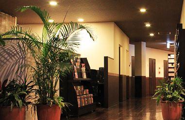 カラオケ&ネットカフェ エンジョイタイムの求人情報を見る