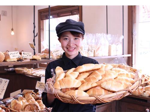 焼き立てパン プラリネ の求人情報を見る