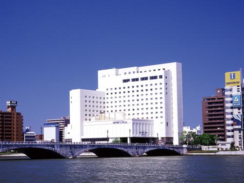 株式会社ホテルオークラ新潟の求人情報を見る