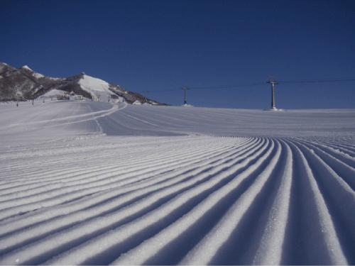 岩原スキー場 ギンレイホテルの求人情報を見る