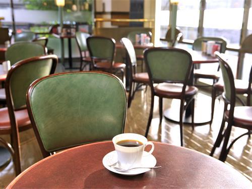 コーヒーハウスシャノアール向ヶ丘遊園店の求人情報を見る