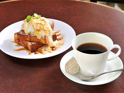 コーヒーハウスシャノアール鶴見店の求人情報を見る