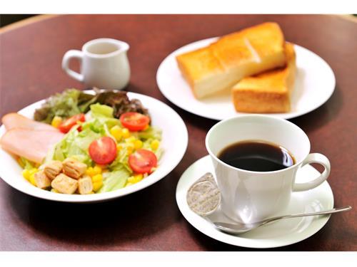 コーヒーハウスシャノアール蕨店の求人情報を見る