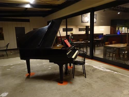 存在感たっぷりのグランドピアノ☆
