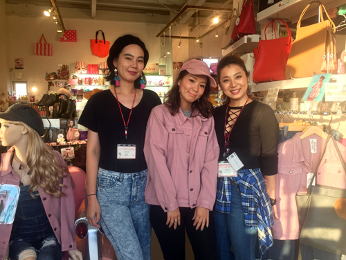 LUCKY PERSONS IMPORT MART本店の求人情報を見る