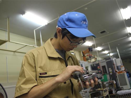 経験が力になる。栃木工場での勤務は今の私の土台となっています