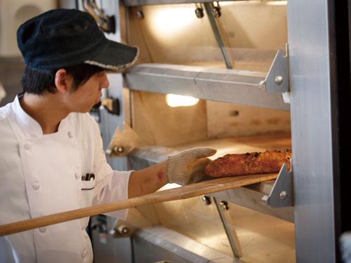 ベーカリー&レストラン 沢村 ハルニレテラスの求人情報を見る