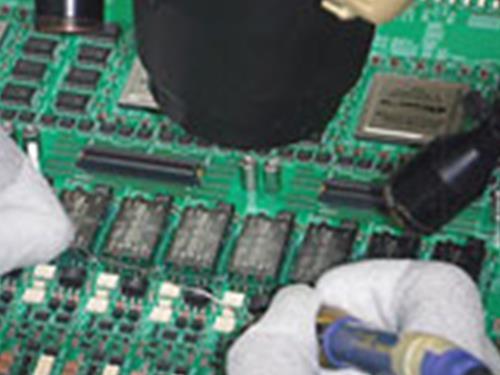 (3)はんだ付け及び組立・配線・検査・梱包スタッフ