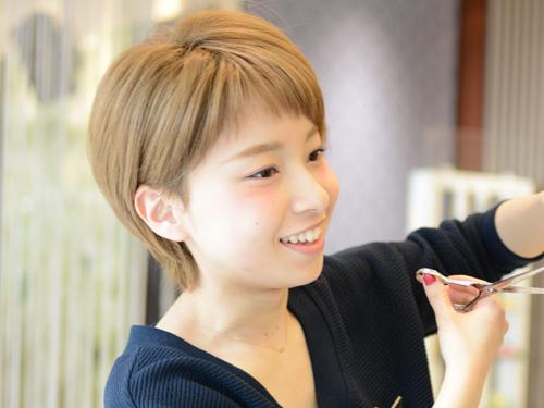 HAIR & MAKE EARTH 福井大和田店の求人情報を見る